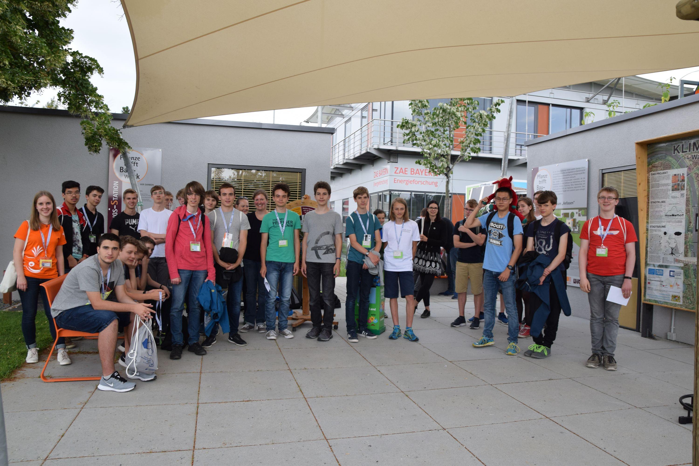 2018-06-Mathematik-Olympiade-Teilnehmer-besuchten-die-Klima-Forschungs-Station-und-Ausstellung-Klima-Umwelt-Energie